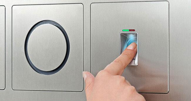 Gröger Sicherheitshaus Alarmanlage Fingerscan