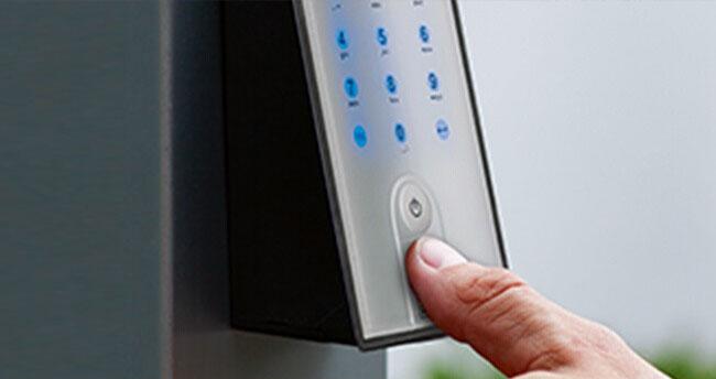 Gröger Sicherheitshaus Finger Türschlosselektronik